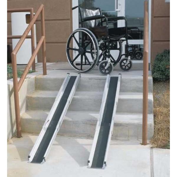 Ράμπες πτυσσόμενες 2m για αναπηρικά αμαξίδια